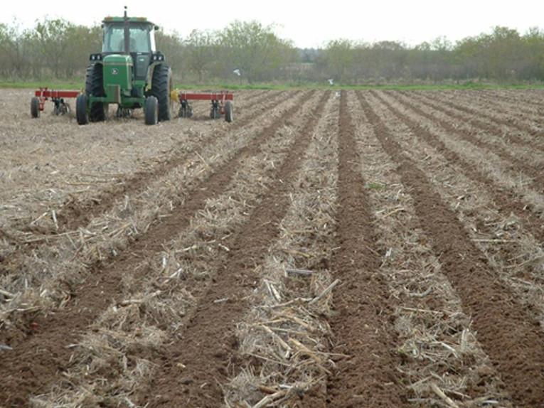 conservation tillage innovator brook strader named master agronomist by osu