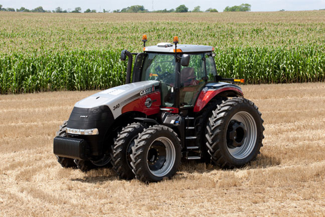 Case IH Celebrates 25 Years of International Tractor In Field